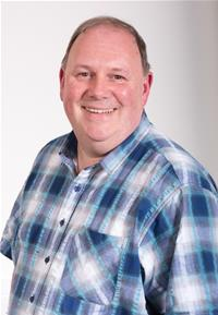 Profile image for Councillor Chris Dando